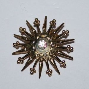 Vintage gold and rhinestone brooch